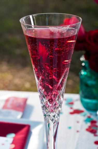 Valentines Day DIY Dinner Date Inspiration via TheELD.com