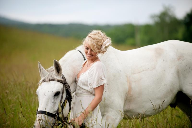 Country Glam Wedding Inspiration via TheELD.com