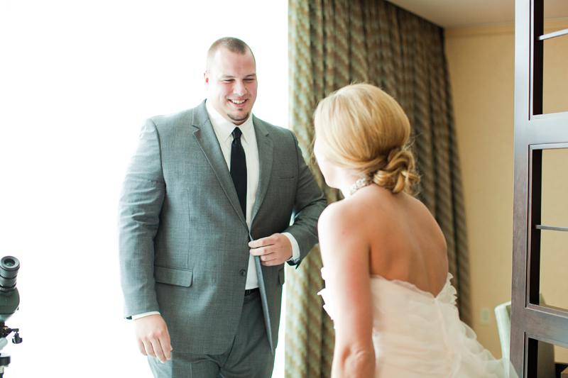 Modern Purple Pittsburgh Wedding  via TheELD.com