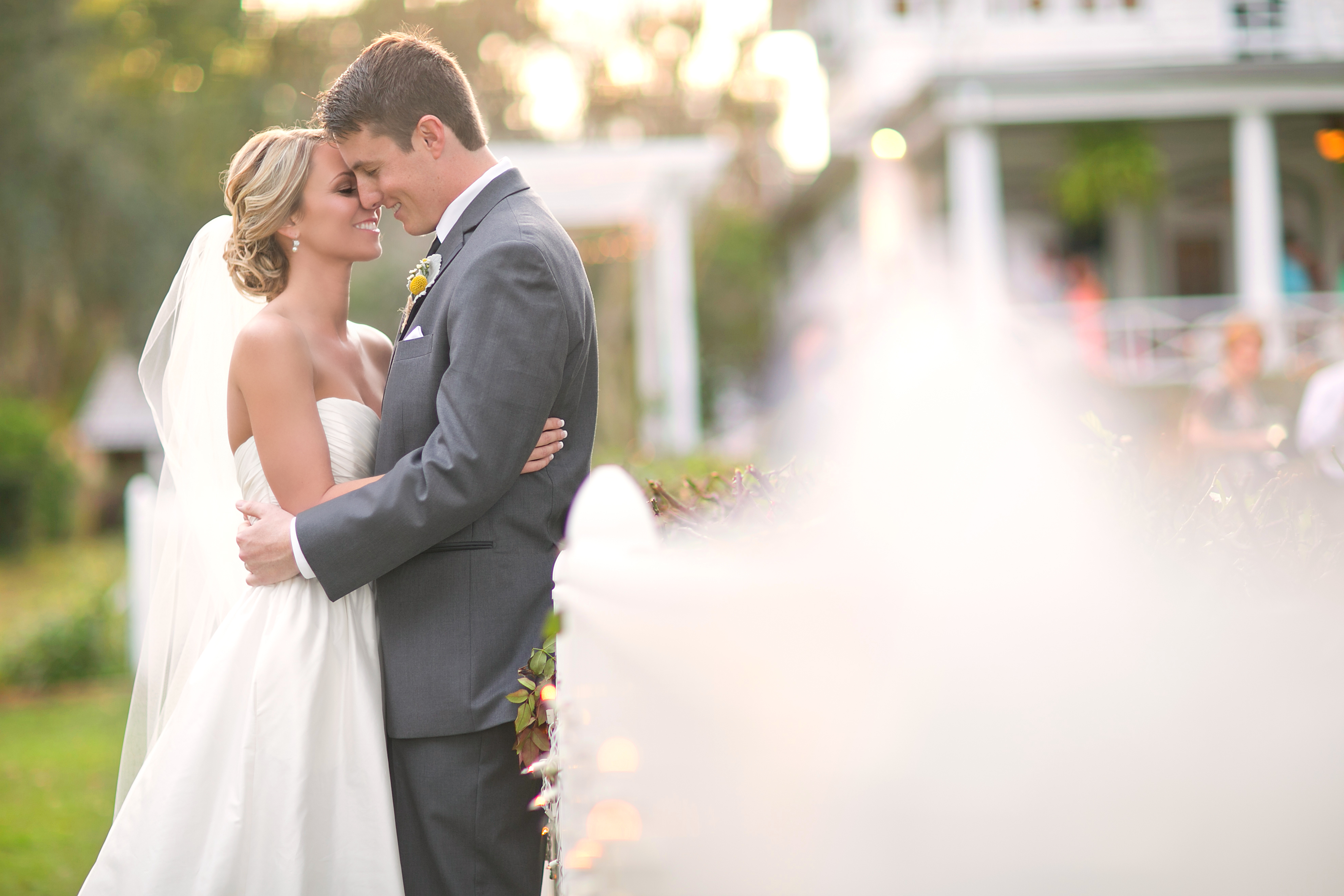 First Things First: Choosing Your Wedding Date via TheELD.com