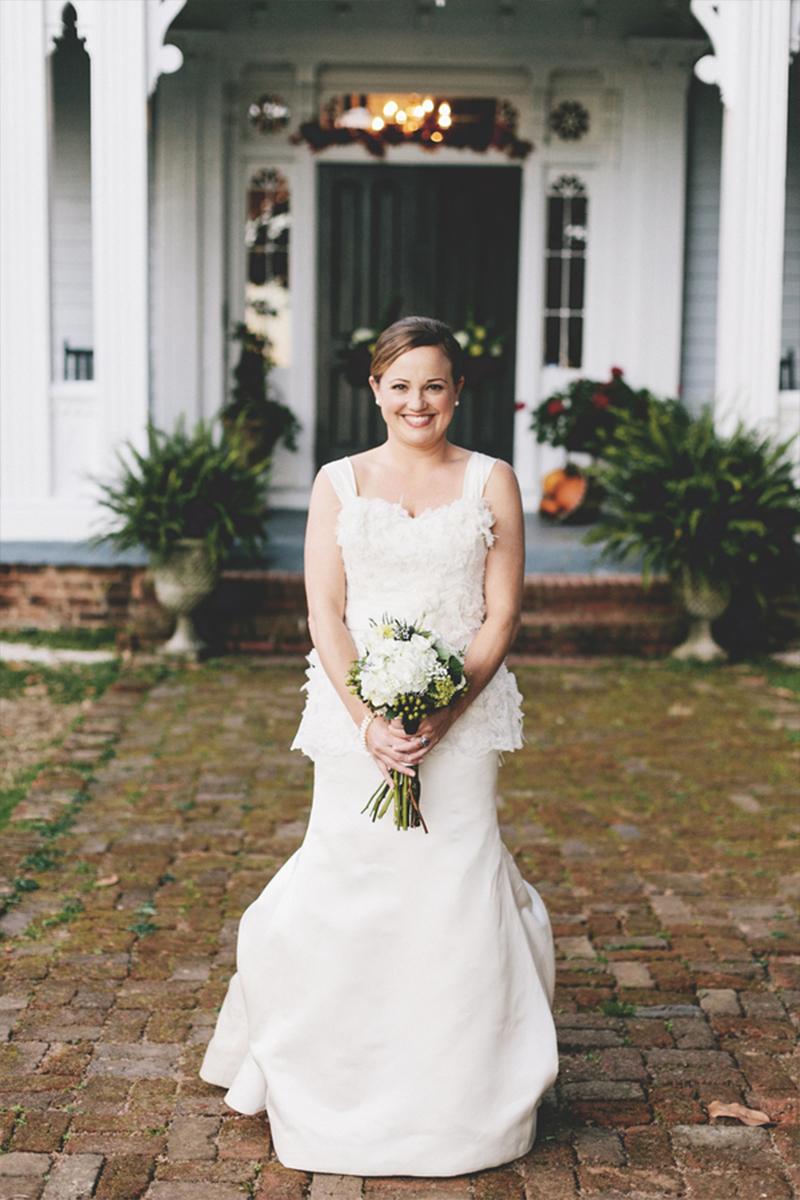 Vintage Navy Blue North Carolina Wedding via TheELD.com