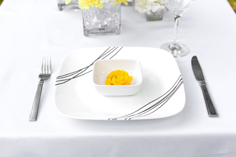 Yellow Wedding Ideas {Modern} via TheELD.com