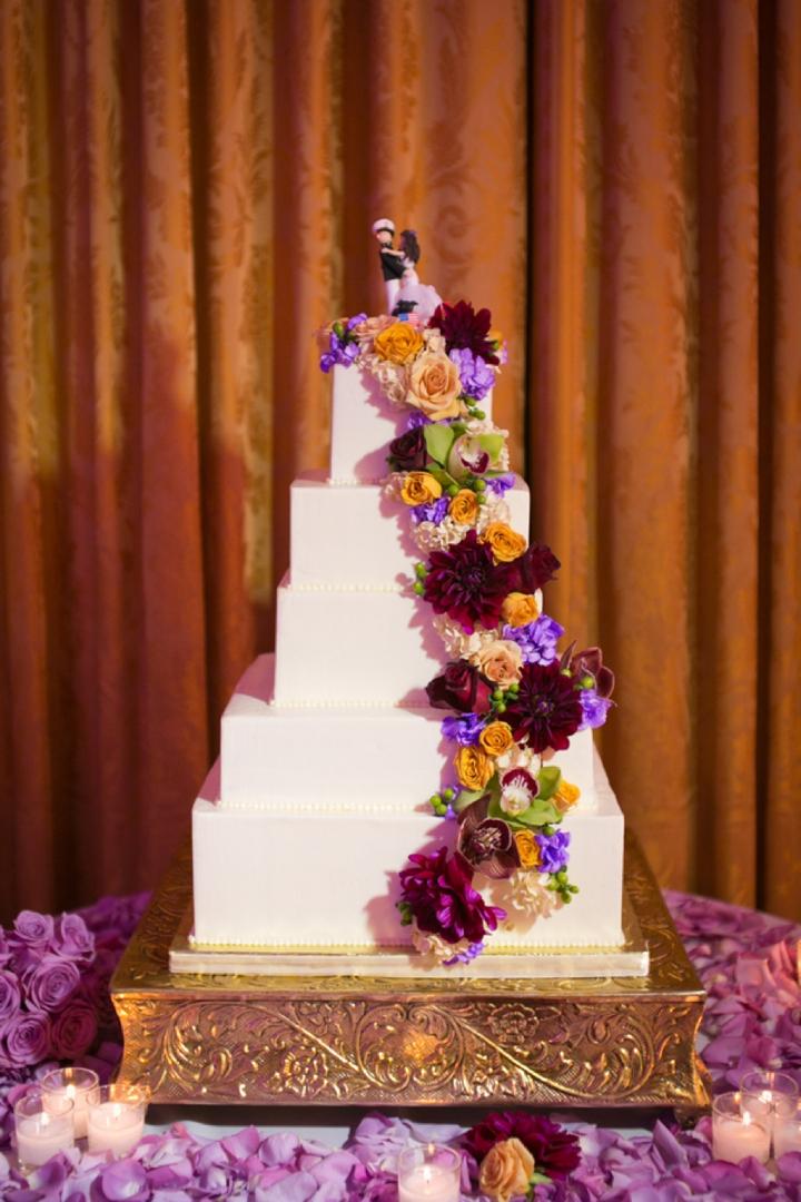 A Purple American History Inspired Wedding via TheELD.com