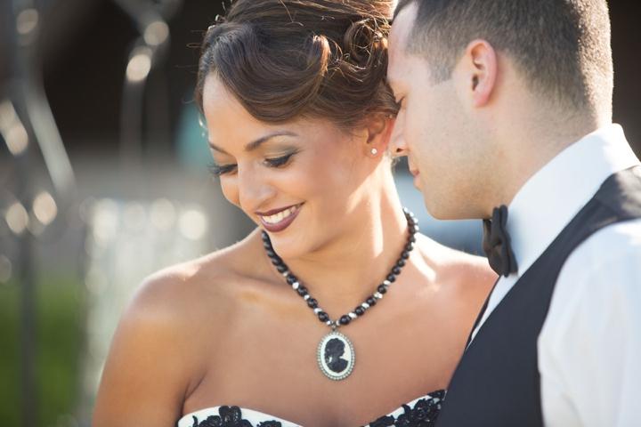 Black, White, & Blush 1920s Wedding Inspiration via TheELD.com