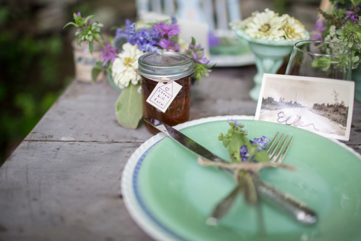 Eco Friendly Lavender and Mint Wedding Inspiration via TheELD.com