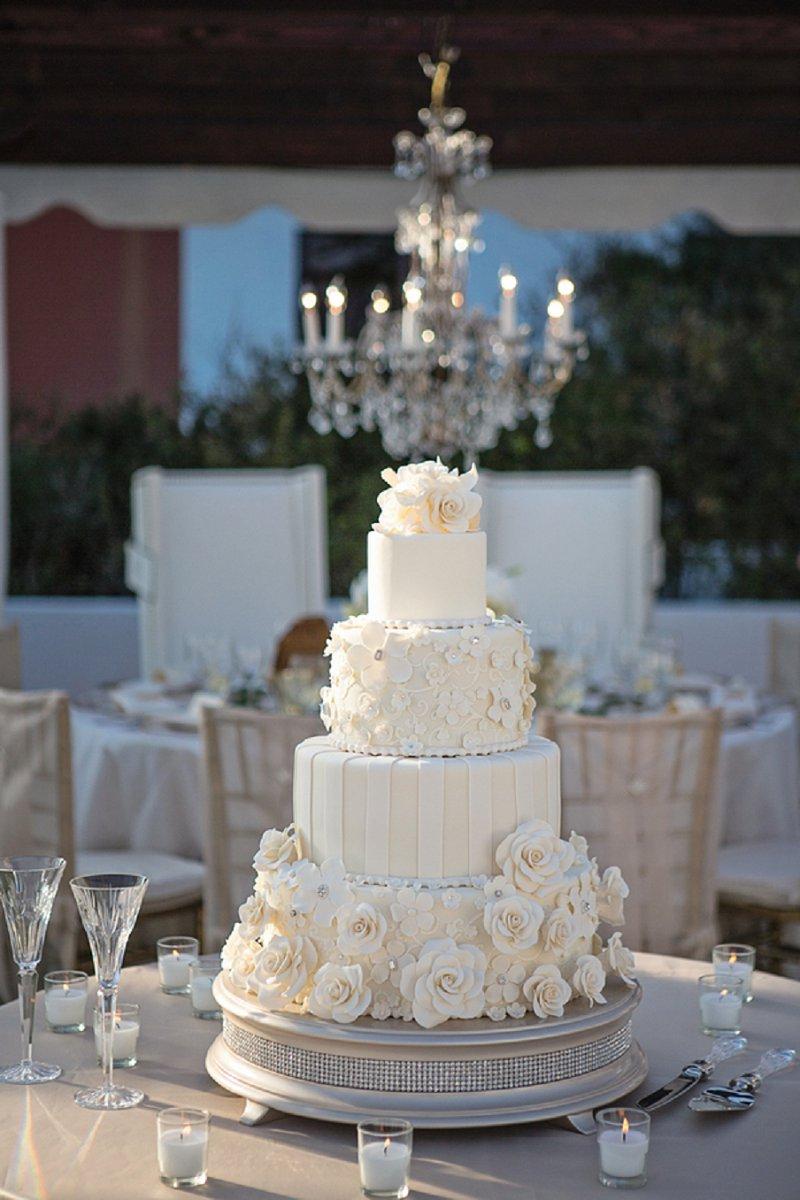 A Modern Glam Sparkle and White Destination Wedding via TheELD.com