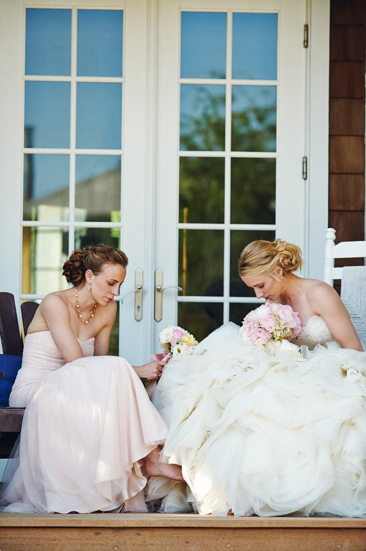 An Intimate Blush Pink Vintage Chic Wedding via TheELD.com