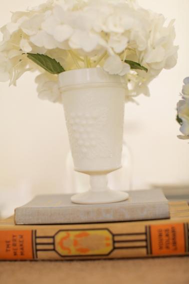Vintage Pink and Aqua Southern Wedding via TheELD.com