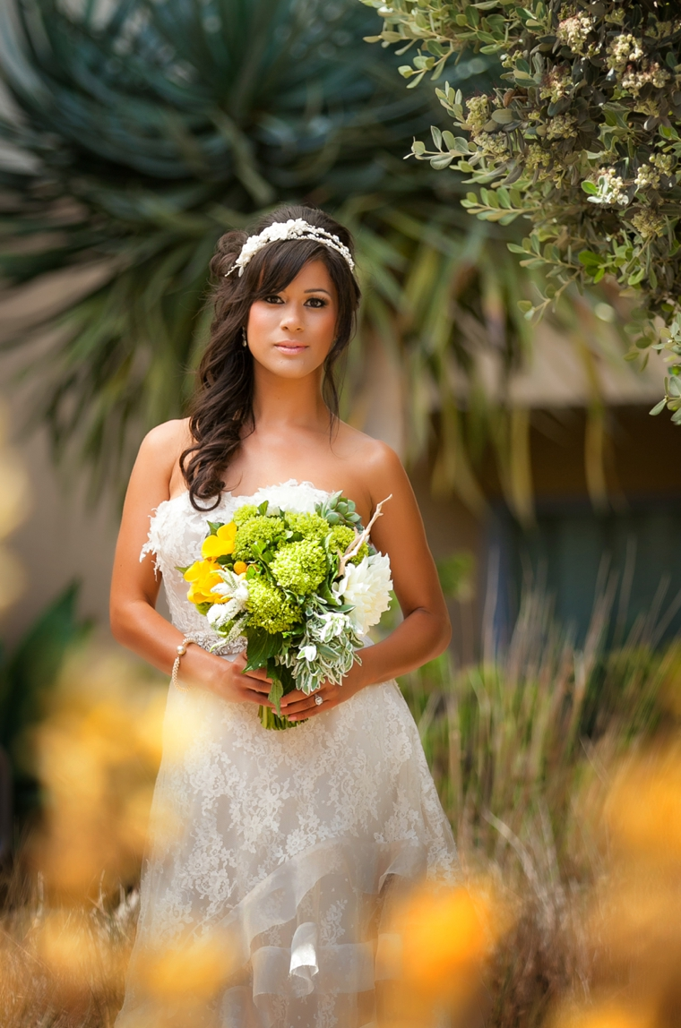 Modern Beach Chic Yellow Wedding Ideas via TheELD.com