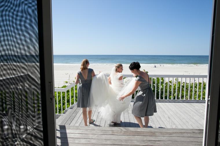A Romantic Pink & Green Garden Wedding via TheELD.com