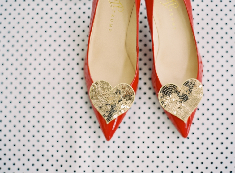 Colorful Kate Spade Inspired Wedding Ideas via TheELD.com