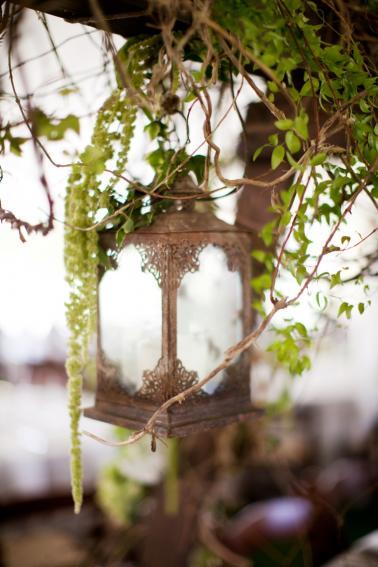 A Rustic Green & White Southern Wedding via TheELD.com
