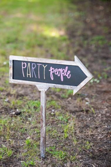 Colorful Glitter & Confetti Inspired Wedding  via TheELD.com