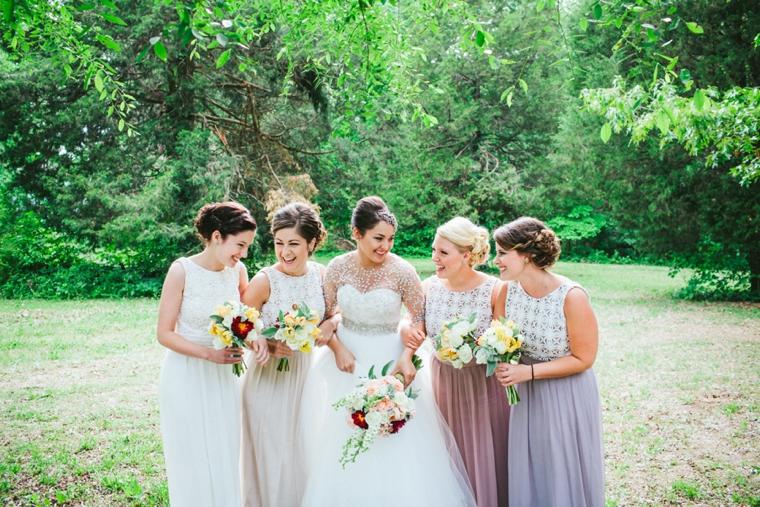 A Modern & Glamorous Garden Wedding via TheELD.com