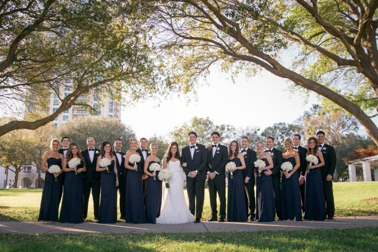 An Elegant Navy and Gold Wedding via TheELD.com