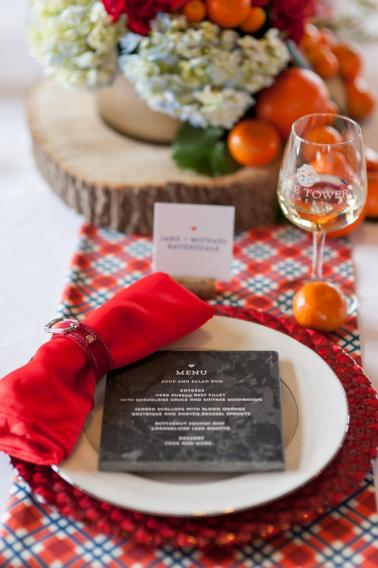 Modern & Rustic Plaid Wedding Ideas via TheELD.com