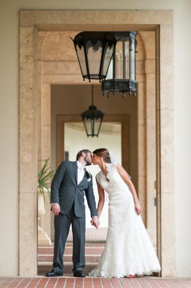 A Whimsical Coral Florida Wedding via TheELD.com