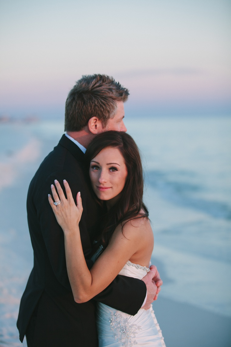 A Modern White Wedding via TheELD.com