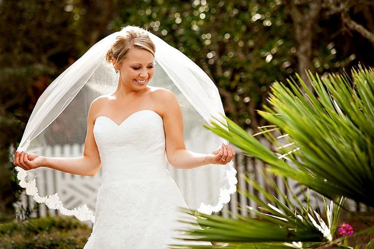 A Blush & Blue Rustic Elegant Wedding via TheELD.com