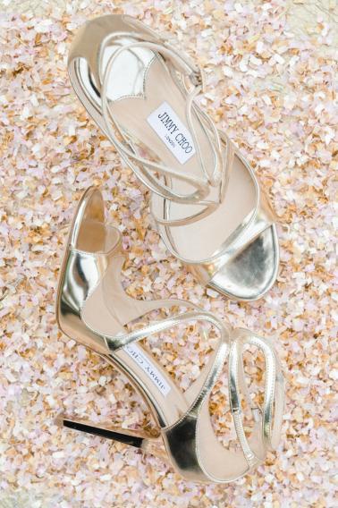 Blush and Gold Wedding Inspiration via TheELD.com