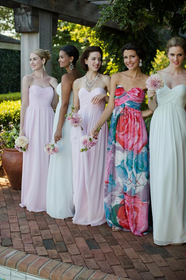 How To Mix and Match Bridesmaid Dresses via TheELD.com
