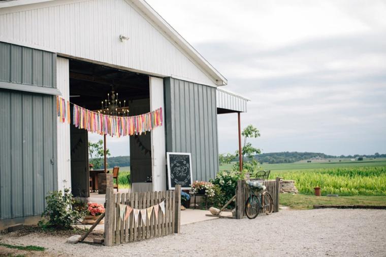 Colorful & Rustic Illinois Barn Wedding via TheELD.com