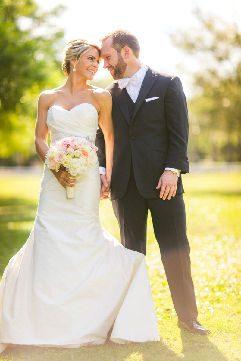 A Colorful & Elegant Wedding In Winter Park via TheELD.com