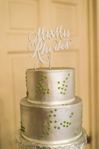 A Modern, Whimsical Purple and Green Wedding via TheELD.com