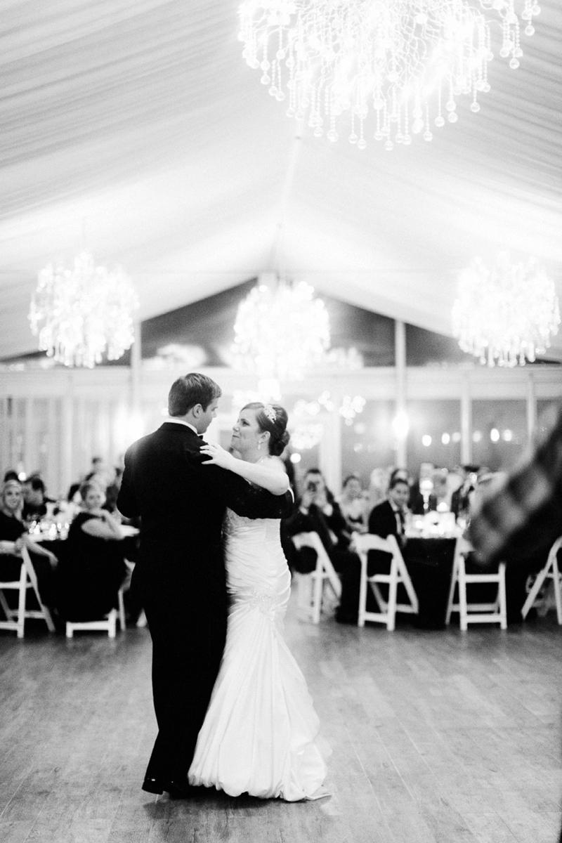 Classic Peach and Navy Chicago Wedding via TheELD.com
