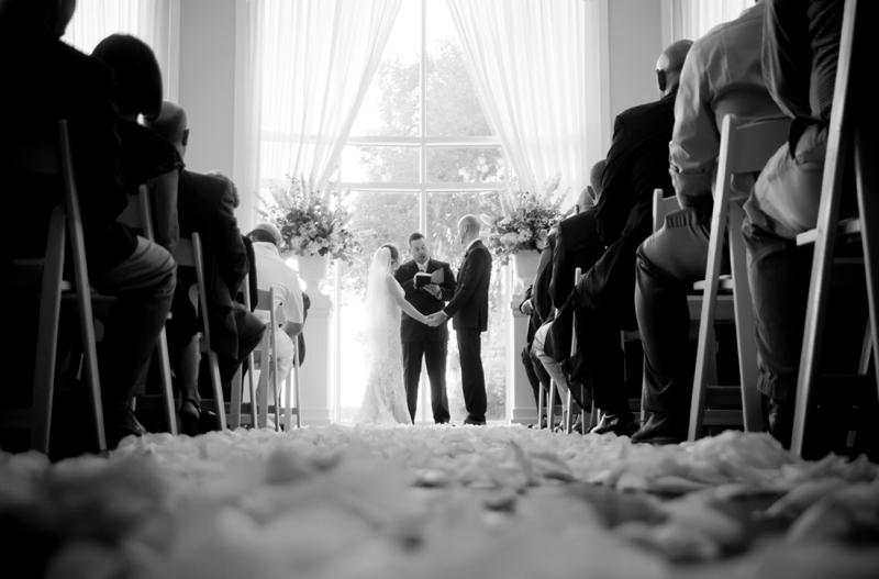 A Blush and Gold Lake Mary Wedding via TheELD.com