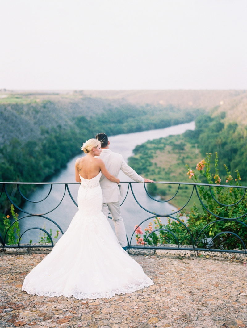 An Eclectic Punta Cana Wedding via TheELD.com