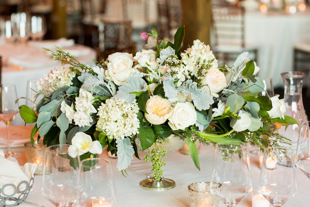 A Romantic Green & White Charlottesville Wedding via TheELD.com