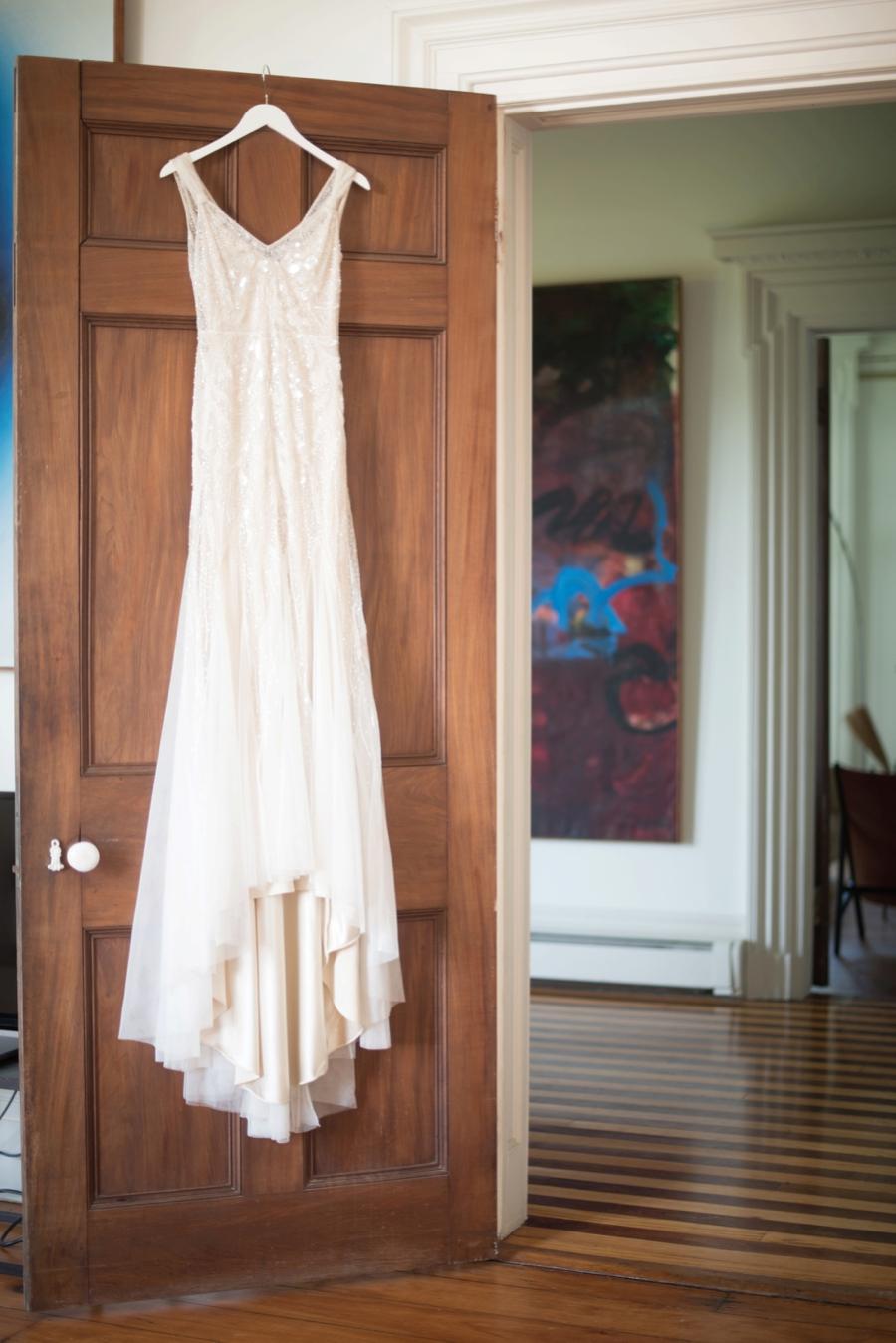 An Eclectic Navy & Orange New York Wedding via TheELD.com