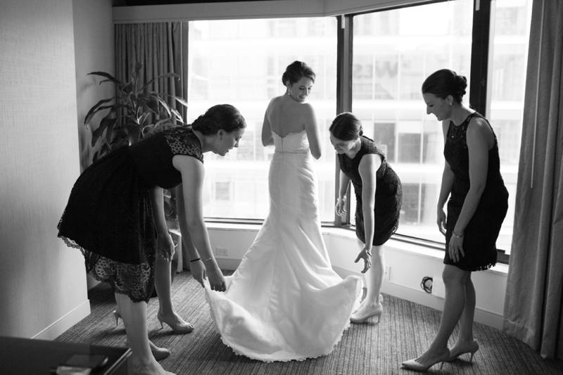 Cheery Yellow and Navy Chicago Wedding via TheELD.com