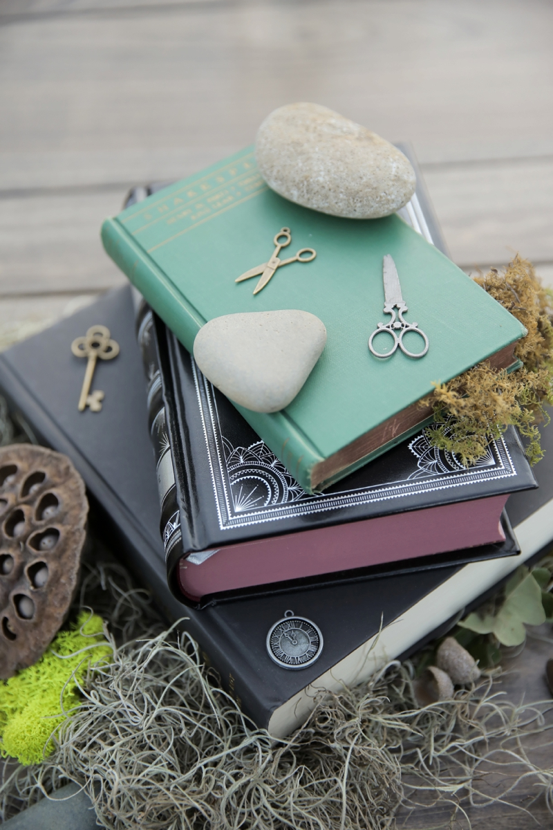 An Eclectic Literature Themed Wedding via TheELD.com
