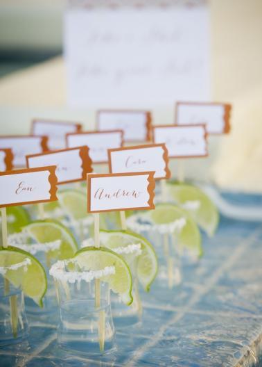 15 Cinco de Mayo Inspired Wedding Ideas via TheELD.com