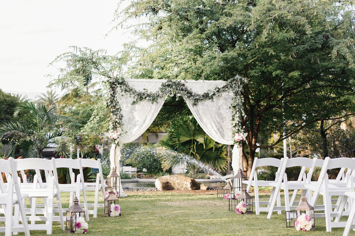 A Lavender Garden Wedding in Miami via TheELD.com