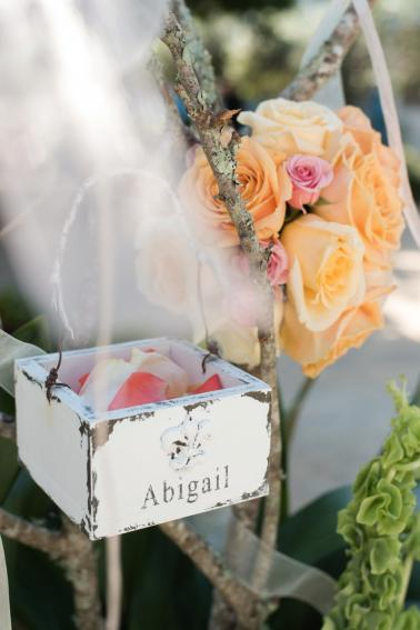 Coral & Turquoise St. Pete Beach Wedding via TheELD.com