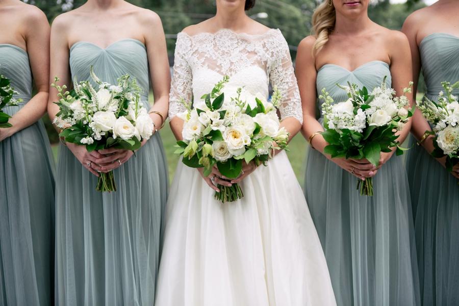 A Classic & Timeless North Carolina Wedding via TheELD.com