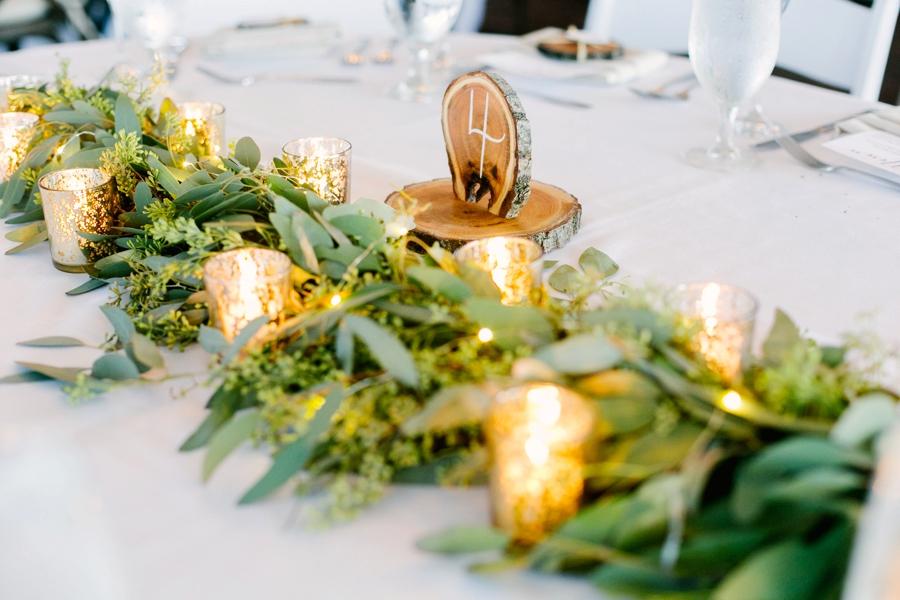 An Organic Blush & Burgundy Minnesota Wedding via TheELD.com