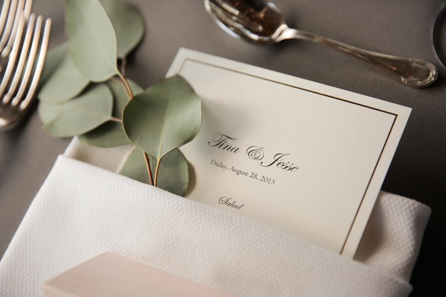 An Intimate & Romantic Utah Wedding via TheELD.com