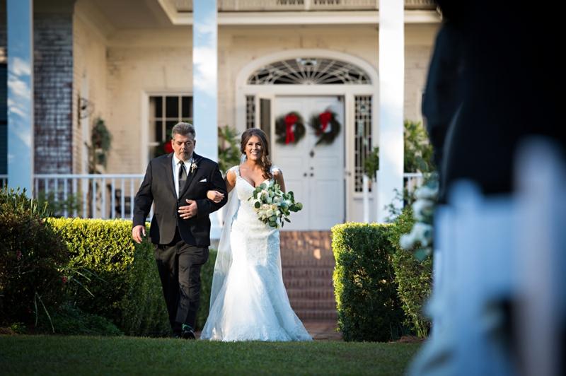 A Southern Elegant Green & White Wedding In Georgia via TheELD.com