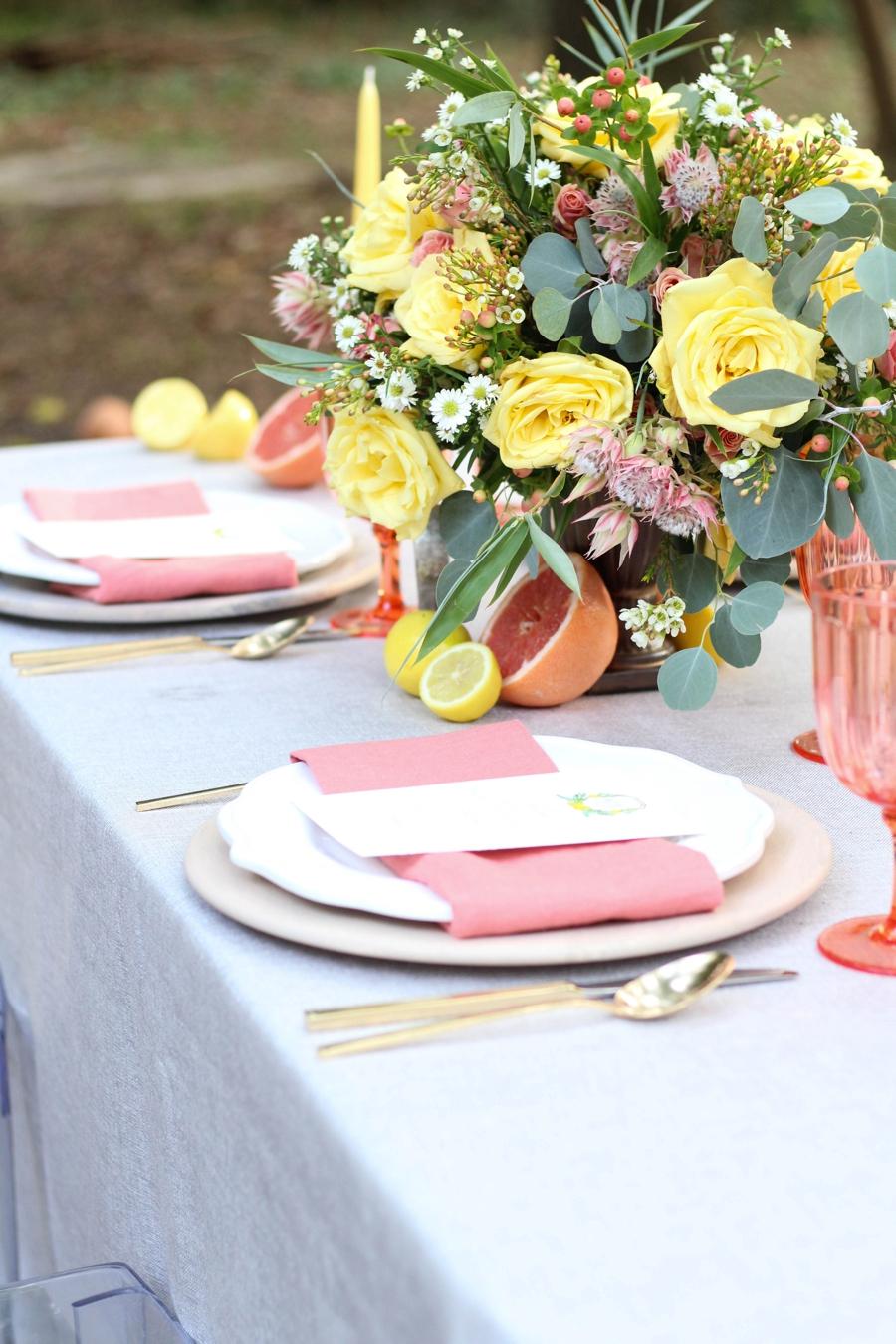 Citrus Inspired Wedding Ideas: 1 Theme, 3 Ways via TheELD.com