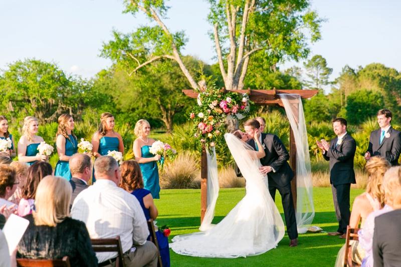A Colorful & Glam Charleston Wedding via TheELD.com