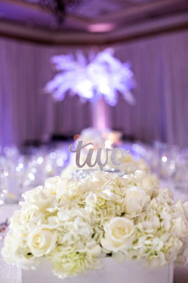 A Silver & White New Years Eve Wedding via TheELD.com