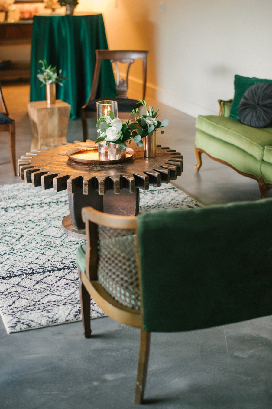 A Modern Copper and Green Holiday Party via TheELD.com