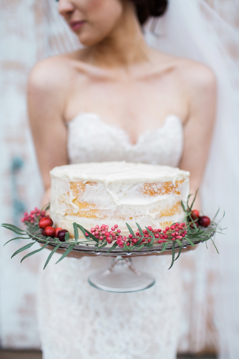 Romantic Red and Green Wedding Inspiration via TheELD.com