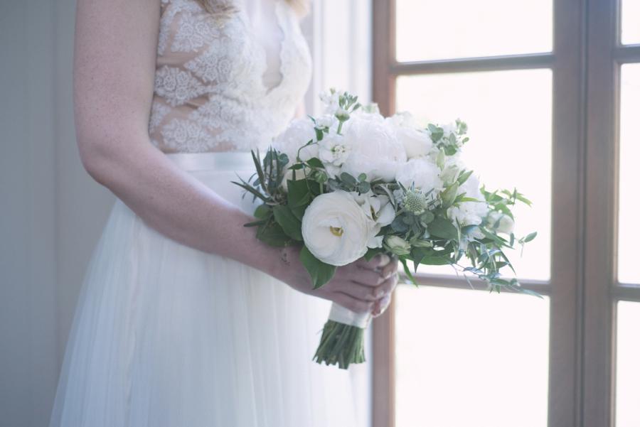 Rustic Elegant Georgia Mountain Wedding via TheELD.com