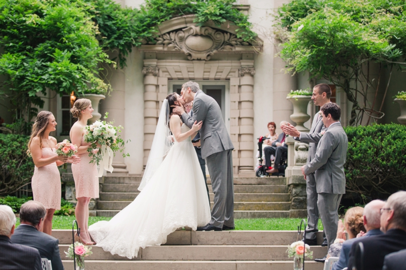 Elegant Blush & White Baltimore Wedding via TheELD.com