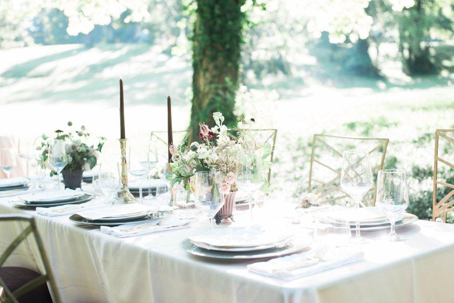 Classic Pink, Burgundy, & Green Mountain Wedding Ideas via TheELD.com
